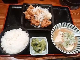新橋 天狗 ランチ 肉豆腐と鶏の唐揚げ定食