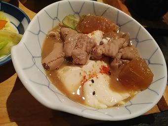 浜松町 もつ福 ランチ 濃厚白もつ煮込み鶏唐揚げ定食