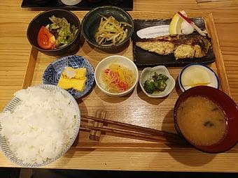 新橋 魚焼男 ランチ 焼魚定食 サワラ西京焼