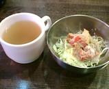 新橋ネジ餃子食堂 餃子定食 スープ サラダ