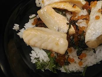 ガスト 2019秋 日本の美食紀行 岩手鮭ハラスといくらのはらこ飯丼