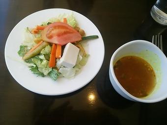 銀座 カーンケバブビリヤニ サラダ ラッサム カレー風味スープ