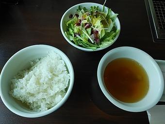 汐留星遊山 汐留遊星山 汐留焼肉ランチ ご飯・サラダ・スープ