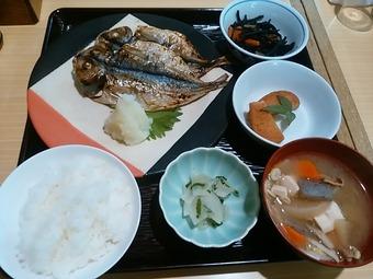 銀座いわた ランチ 鯵の干物定食(網代直産)