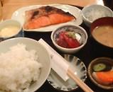 新橋 舞浜 鮭焼 ランチ