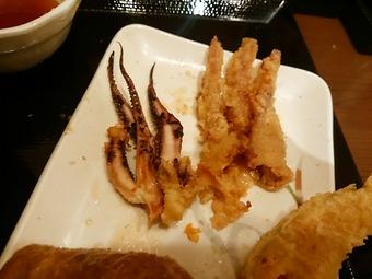 汐留丸亀製麺 いかげそ 脱皮