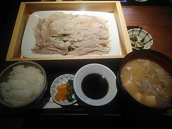 銀座 羅豚 らぶ はなれ ランチ 黒豚と野菜のせいろ蒸し御膳