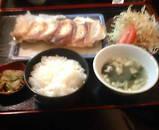 ニュー新橋ビル 餃子や 餃子定食
