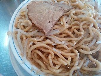らーめん大 汐留店 ラーメン大汐留  麺 二郎系