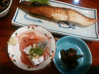 新橋 石居 ランチ 焼き魚メダイ粕漬定食 刺身