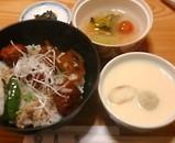 銀座吉宗 日替わりランチ 茶碗蒸し つくね丼