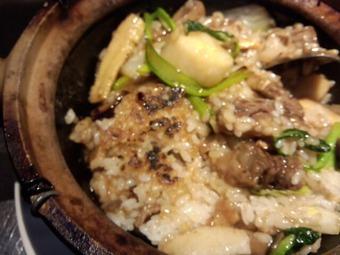 新橋 四季ボウ坊 ランチ 牛バラ肉と五目野菜土鍋ご飯