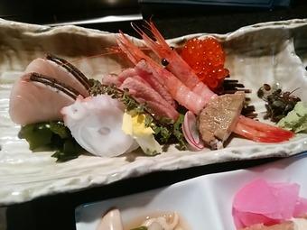 新橋 屯 たむろ tamuro ランチ 刺身定食