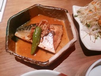 銀座 飯家くーた 2品チョイスランチ サバ味噌煮