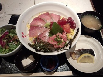 新橋 福炎や 日替り魚御膳 天然氷見の寒ブリ海鮮丼