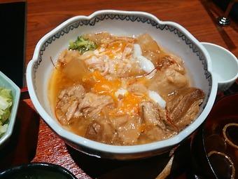 銀座 瓢喜 ひょうき ランチ 豚角煮御膳