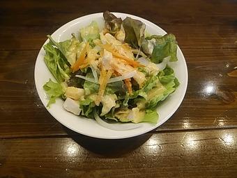 新橋オストレア ランチ サラダ