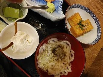 磯丸水産 新橋駅前店 ランチ 刺身定食 小鉢