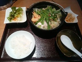 東銀座 慶州 銀中店 ランチ もつ鍋定食
