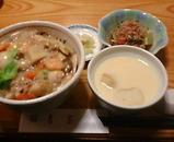 銀座 吉宗 日替わりランチ  海鮮中華丼