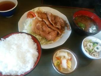 銀座 たちばな ランチ 豚生姜焼き定食