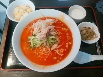 新橋鹿鳴春 ランチ 冷し坦坦麺