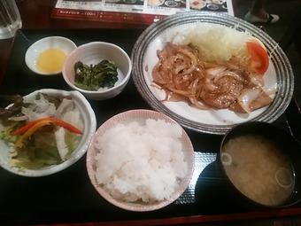 新橋 いろどりキッチン ランチ 生姜焼定食
