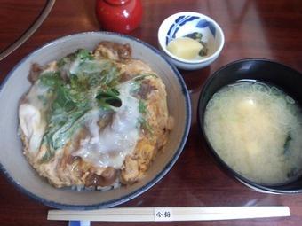 新橋 今朝 ランチ すき焼丼
