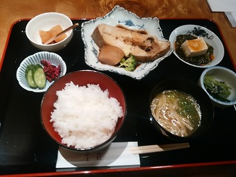 季の庭 ときのにわ 銀座店 ランチ 煮魚定食