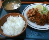 新橋 キッチンジロー ランチ 鶏唐揚げとカキフライ