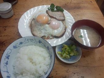 築地 小田保 チャーシューエッグ