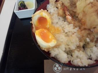 小ハゲ天 銀座店 ランチ スペシャル天丼 半熟玉子
