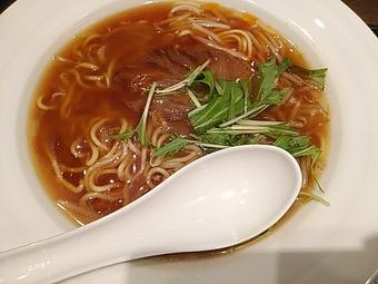 リンガーハット 銀座店 フカヒレ姿煮麺