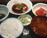 ニュー新橋ビル 魚豊 魚豊週替わり定食 角煮 まぐろ
