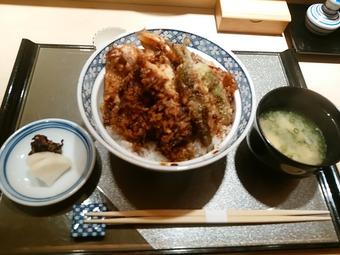 銀座天ぷらよしたけ ランチ 限定 特製天丼