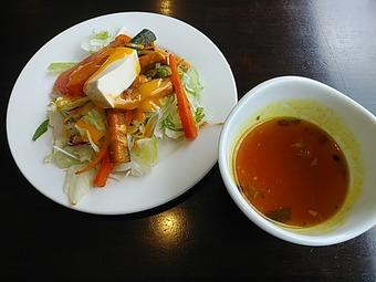 銀座インド料理カーンケバブビリヤニ ランチ サラダ スープ