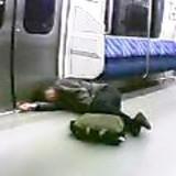 終電車内 泥酔