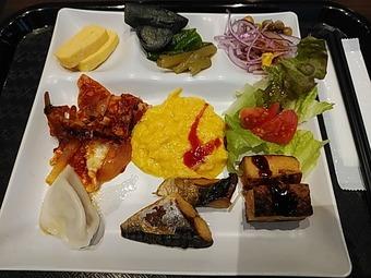 アパホテル APAホテル 東梅田南森町駅前 朝食バイキング