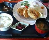 ムーンレイクゴルフクラブ ランチ 広島産カキフライとヒレカツ膳