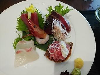 静ヒルズカントリークラブ(茨城) 昼飯 お刺身定食