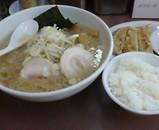 錦糸町 ハッスルラーメン ホンマ 餃子セット