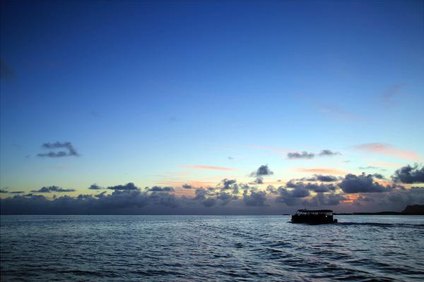 カネオヘサンドバーキャプテンブルース天国の海 4
