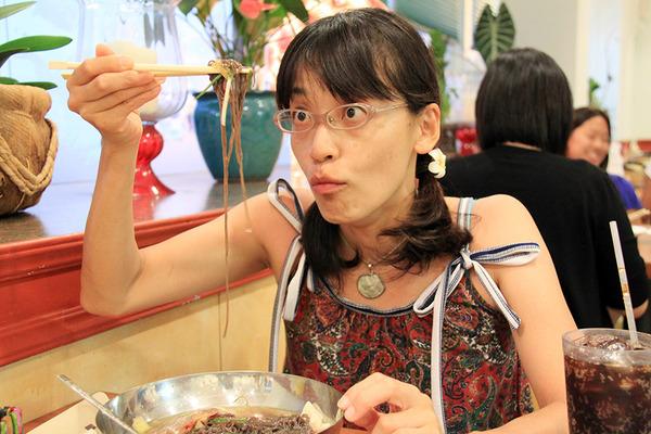 あのユッチャンコリアンレストランが大阪北新地にやってきた 3