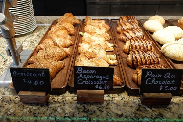 ハレクラニベーカリーの美味しいパンとケーキを全部見せます 2