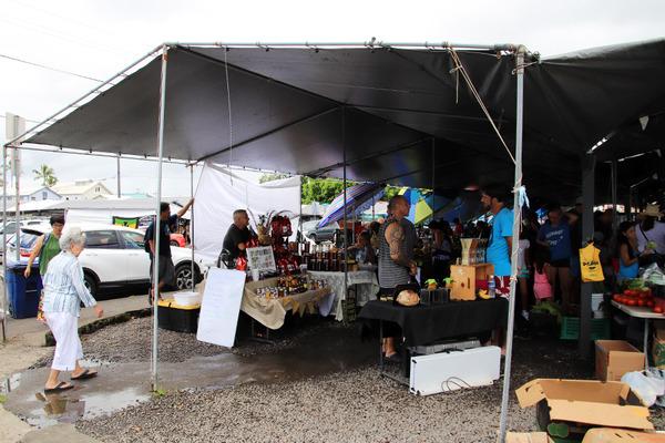 ハワイ島 ヒロ ファーマーズマーケット 土曜日 12