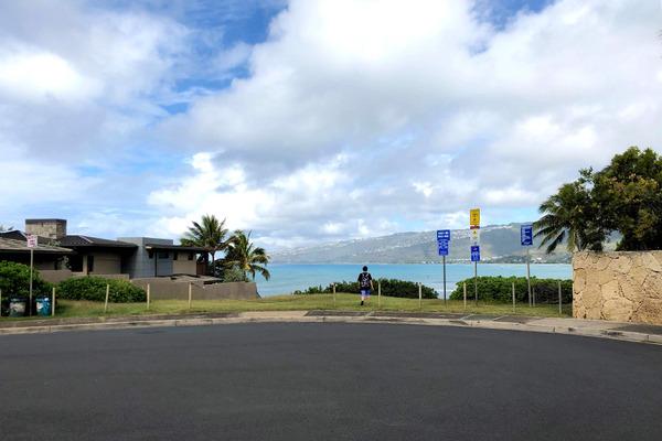 ハワイオアフ島ポートロックの秘密のベンチ 1