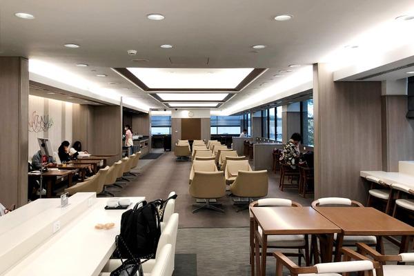 ホノルル空港 JALサクララウンジ本館  4