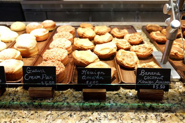 ハレクラニベーカリーの美味しいパンとケーキを全部見せます 4