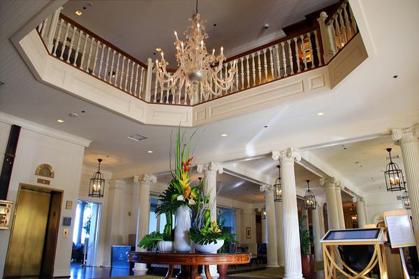 モアナサーフライダーホテル バニヤンツリー 2