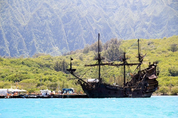 ハワイでパイレーツオブカリビアンブラックパール号に遭遇  1